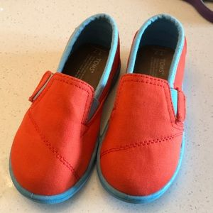 Brand new TOMS US 7 Toddler